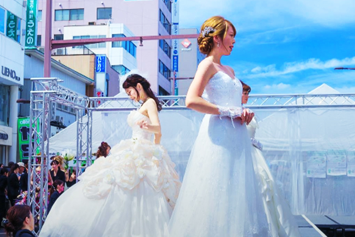女性モデルを中心に、キッズモデル等、多数のモデルが登録しています。